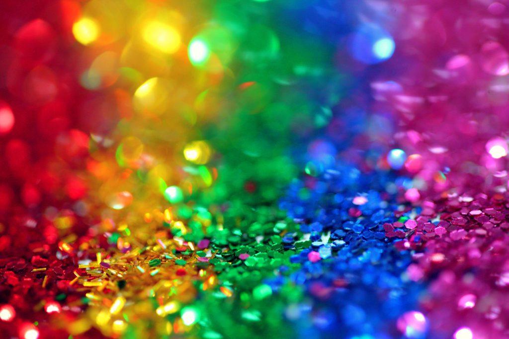arcobaleno di coriandoli
